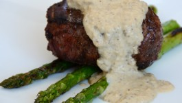 Grilled Fillet Mignon with Creamy Mushroom Sauce