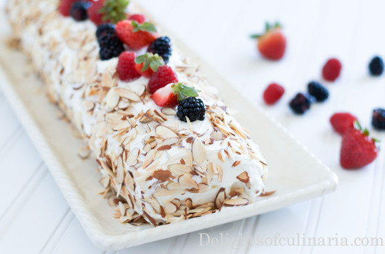 berry cake rollalmonds.easy dessert, baking, berries, berry roll, cake, delightsofculinaria.com, dessert, easy recipe, food, quick dessert, recipes, rolls, roulade, russian recipes, summer cake, sweet, teatime-2