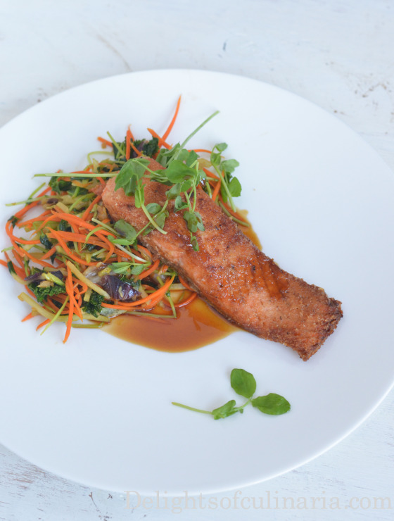 almond crusted salmon with soy glaze